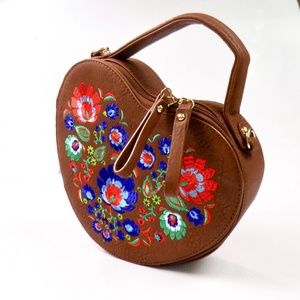 Embroidered Heart-shaped Purse